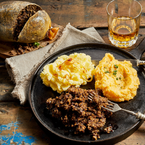 Haggis with Neeps and Tatties_600x600 (2)