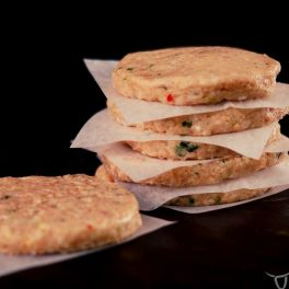 chicken, coriander & peanut burger 6 pack