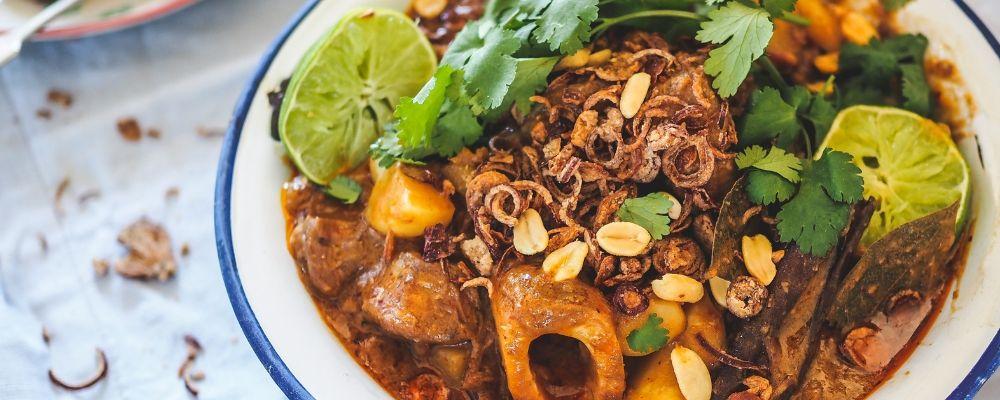 Massaman Beef Curry Blog Header 1000 x 400
