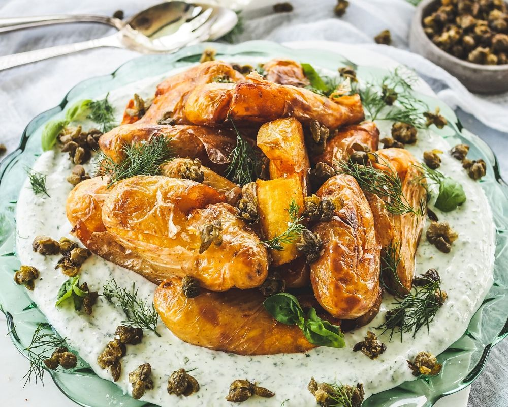 Crunchy Kipfler Potatoes with Herbed Yoghurt and Crispy Capers_1000x800